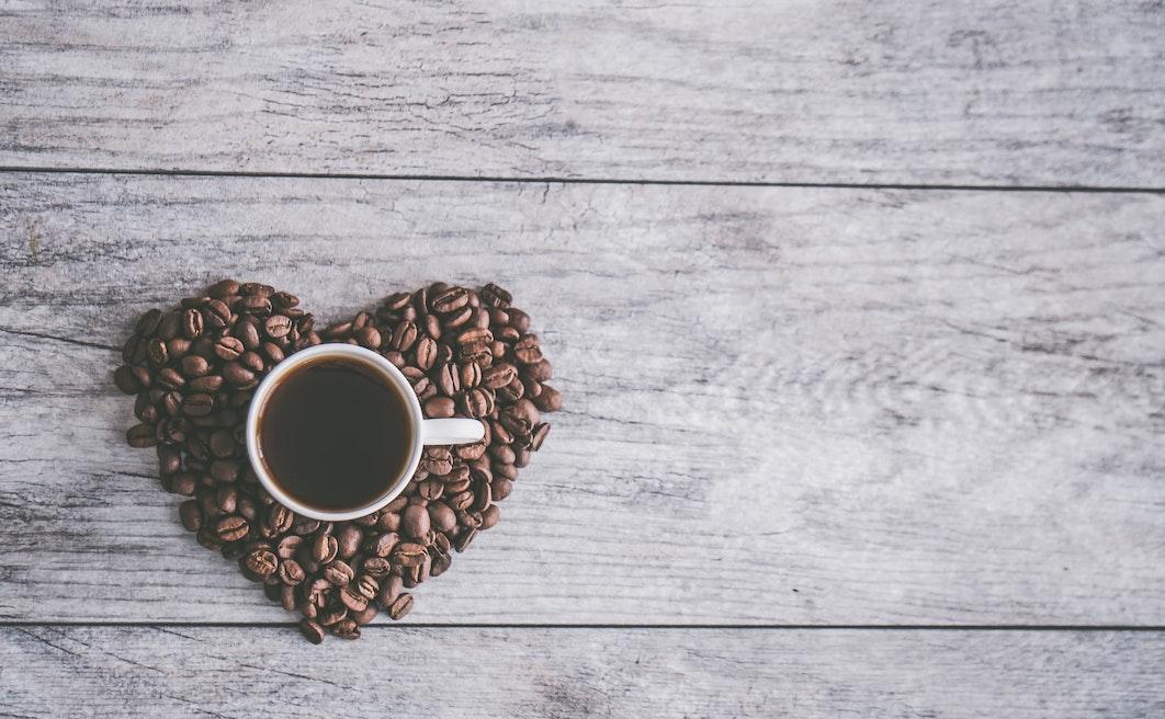 Alziamo l'asticella: cinque abbonamenti per farsi arrivare un ottimo caffè a casa